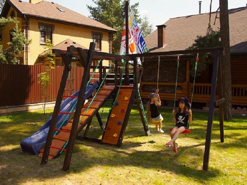 Игровой комплекс для загородного дома